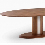 kluskens oval dining table